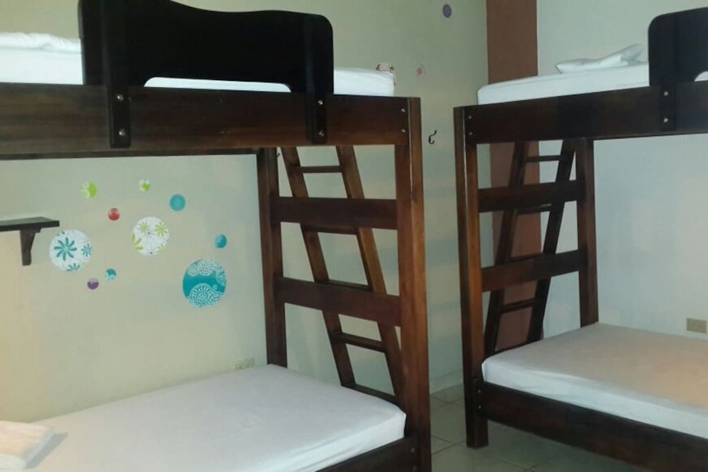 Room with 2  bunk-beds