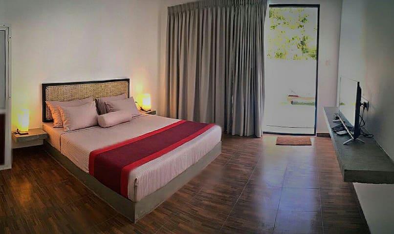 Superior king deluxe bedroom
