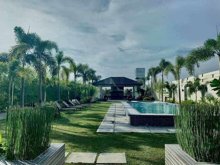 Imus House w/Pool Area for Rent