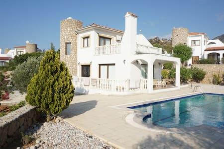 сдается дом на Кипре - Bahçeli - Rumah