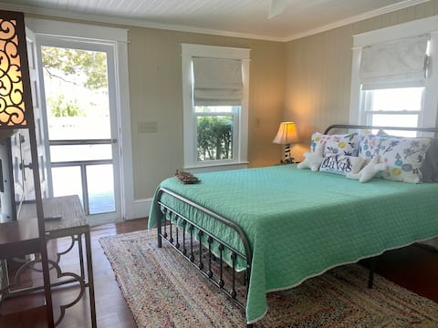 Cozy Cottage on Core Sound Enjoy Cape Lookout Here