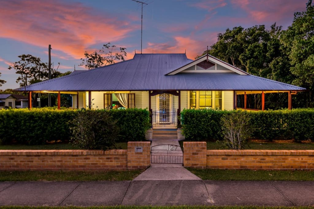 """Ithaca"" Historic Weatherboard home - Bungalows zur Miete ..."