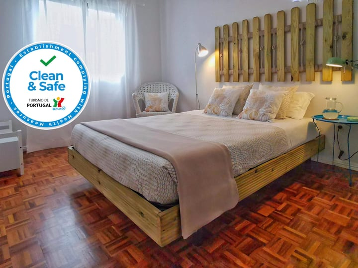 Roaz de Bandeira - Double Room B, private WC+AC
