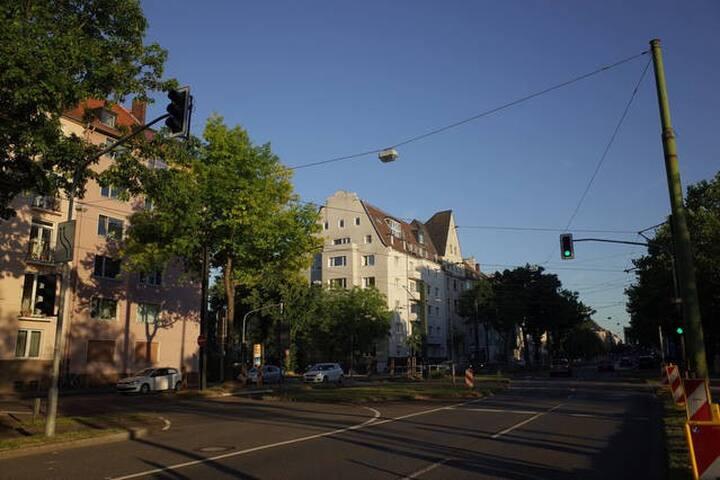 Beautifully renovated large Apartment - Düsseldorf - Huoneisto