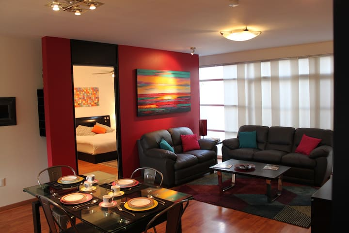 Comfortable and contemporary, great location! - León - Byt