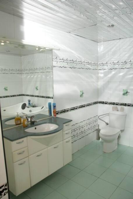 Туалет и ванная комната