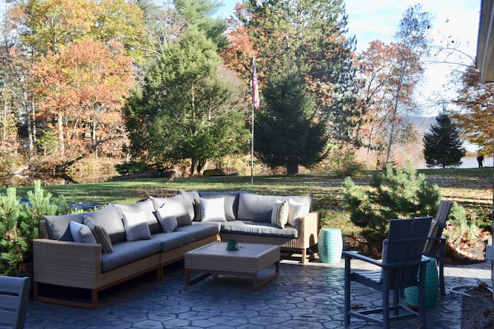 Ossipee Lake Waterfront Home