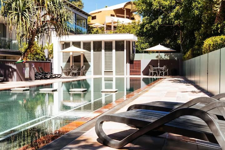 Noosa Rising - WIFI, Netflix, BBQ on 1 level