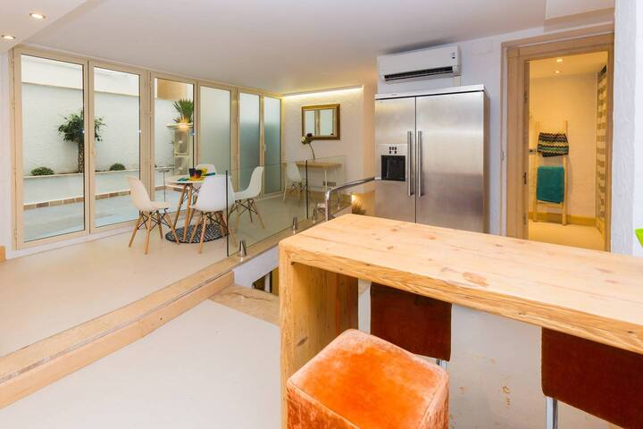 Apartamento duplex JOY con patio privado