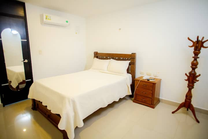 Hotel Sarachuy - Diosa Del Amor