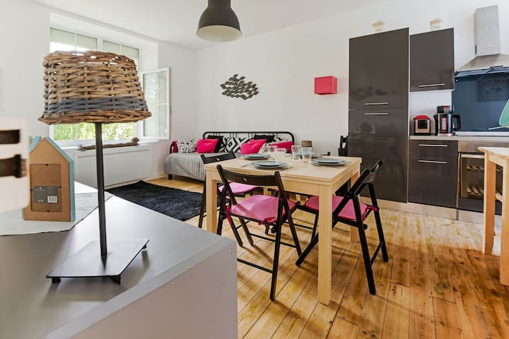 Cosy apartment in Isigny-sur-Mer with a terrace