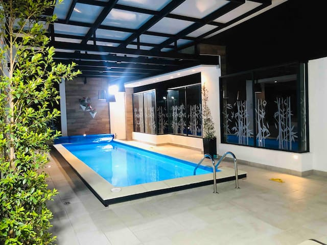 Jacuzzi,Piscina(Pool)Sauna,Turco Luxury SuiteQuito