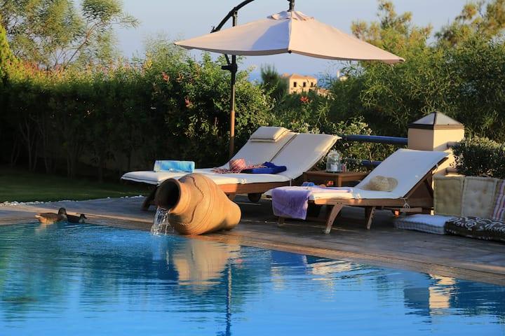 Villa Grejo, opulent mansion with pool, by JJ Hospitality