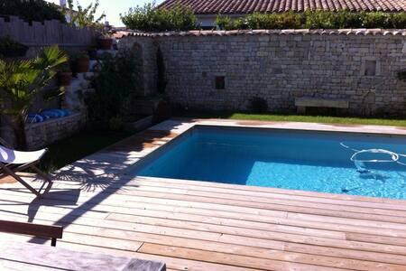 Chambre pour deux -  accès piscine - Le Bois-Plage-en-Ré