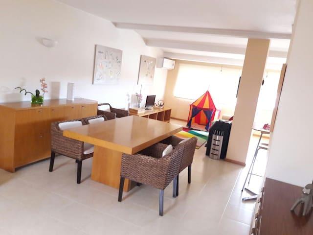 Matosinhos / Porto Entire Loft - São Mamede de Infesta - Appartamento
