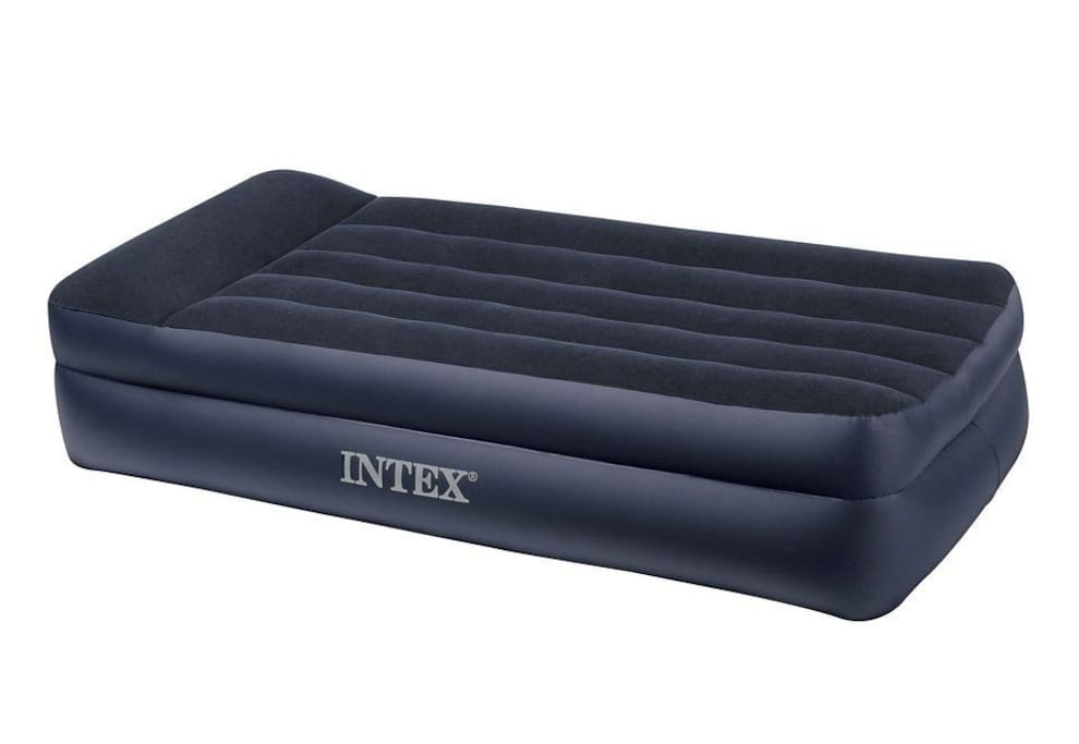 new bought kingsize-airbed, sleeping space for 2 ppl