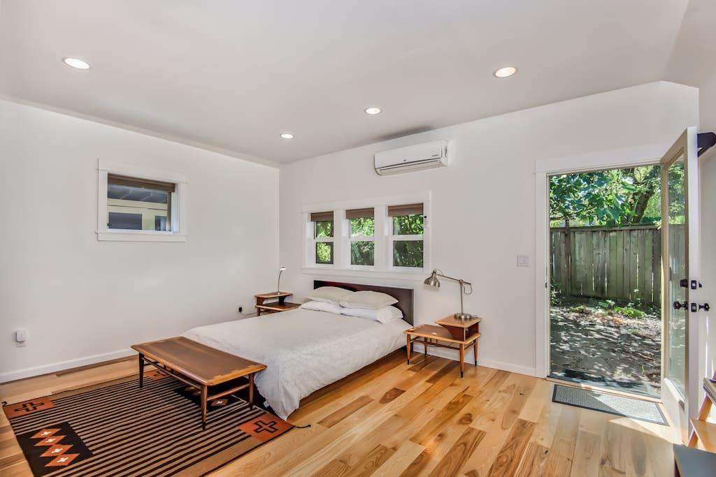 Modern Garden Studio Apartments For Rent In Portland