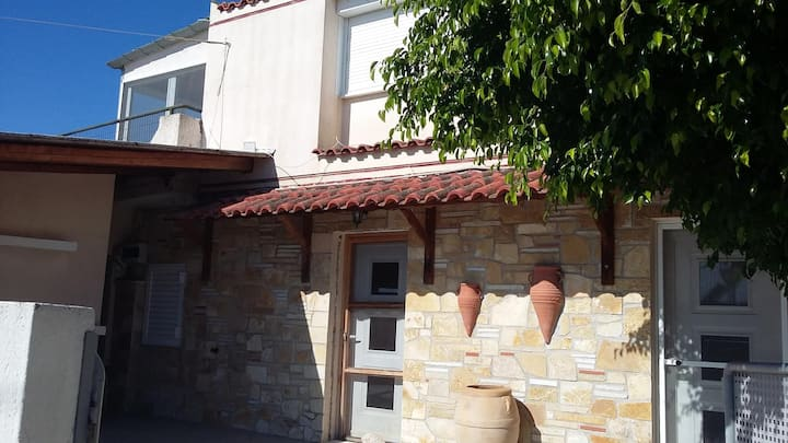 Cosy maisonette close to Poros,Epidauros,Nafplio