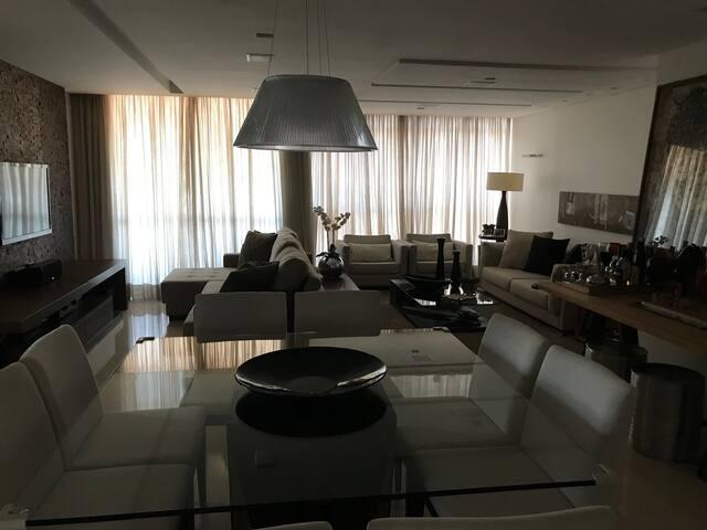 Apartamento de luxo na melhor quadra de Brasília
