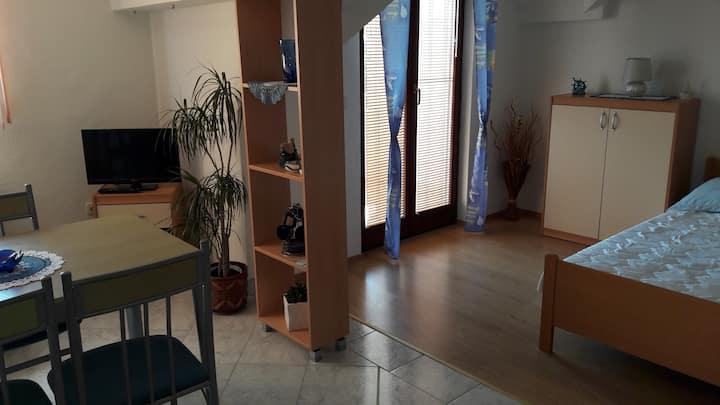 studio apartment Blue