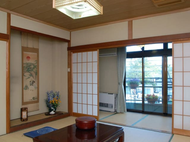 Japanese Style Superior Room with Shared Bathroom