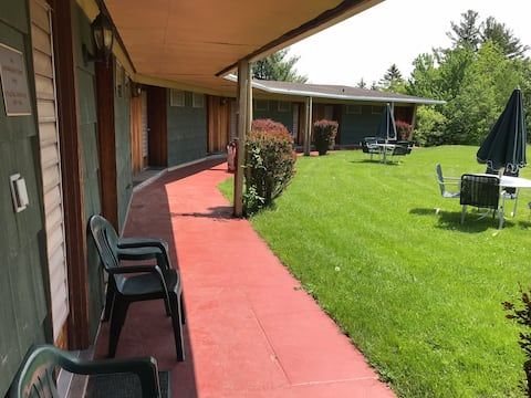 Elka Club Lodge