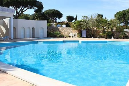 Helicon Blue Villa, Quinta do Lago - Almancil