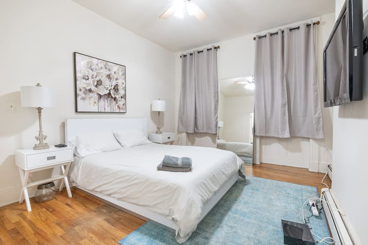 Hoboken Gem Sleeps 5 | 15 Min NYC