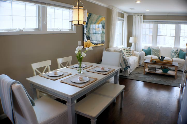 Summer in Style | Ocean Views | Steps to the Beach - Manasquan - Huis
