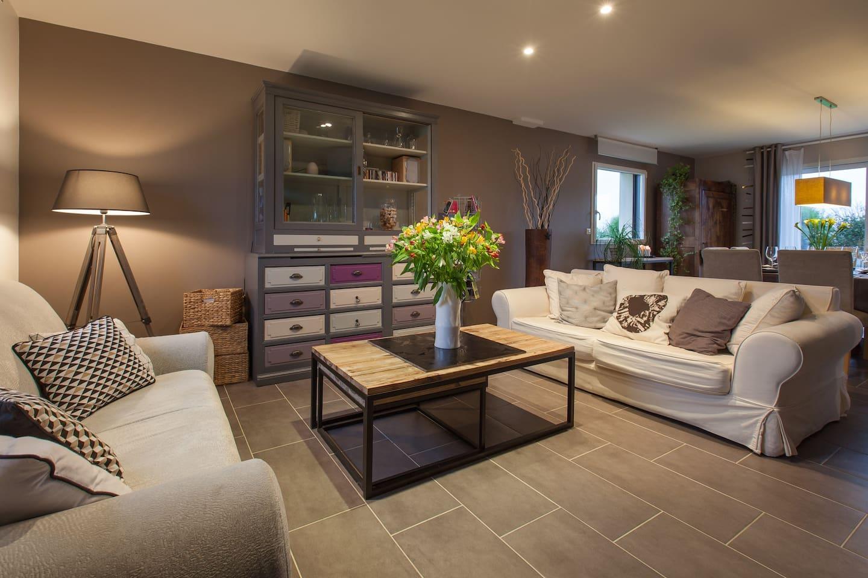 Cuisine Integree Dans Salon bienvenue chez annaïg ! - houses for rent in le folgoët