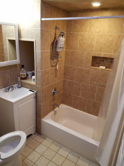 New Modern Bath w/ Bluetooth music option