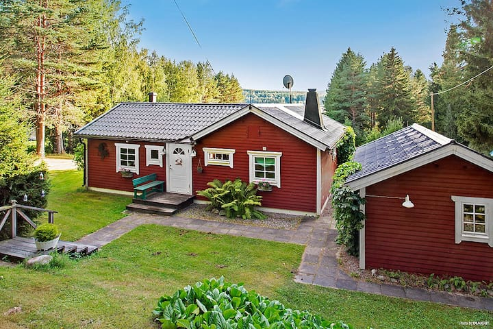 Peaceful country house, just 2,5 h from Stockholm