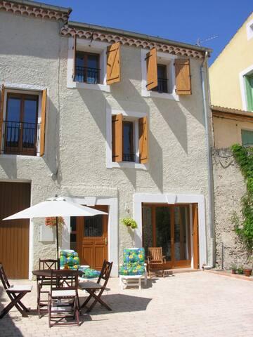 Two bed apartment - Villeneuve-lès-Béziers - Apartment