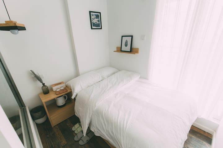 凳子民宿•Room09 北欧极简主义 茂名首家文艺民宿