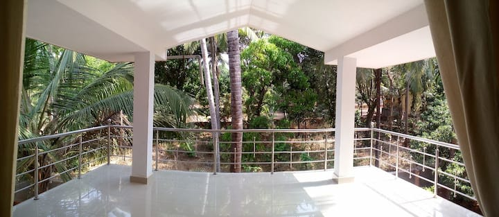 10 Bed Holiday Home near Malpe , St. Mary's Island