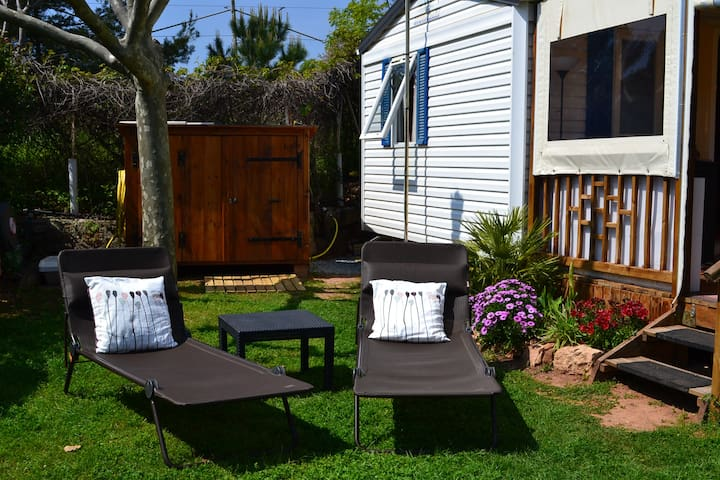 Mobilhome climatisé, camping piscine, 500m plage