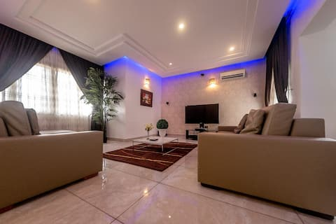 Maryland Luxurious 3-BDR Duplex +Groups + Families