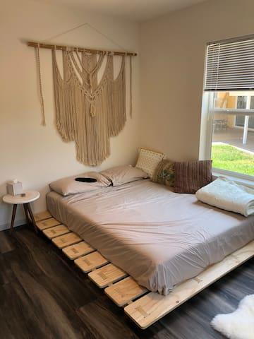 Casper Queen Mattress on Natural low platform bed in Master Bedroom