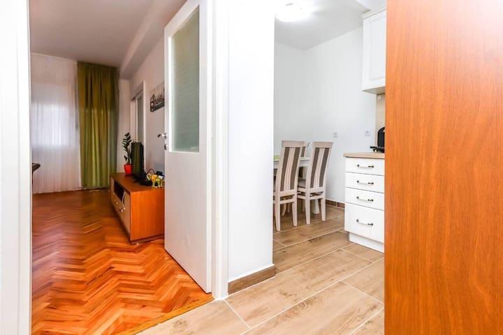 Apartment Little Paradise