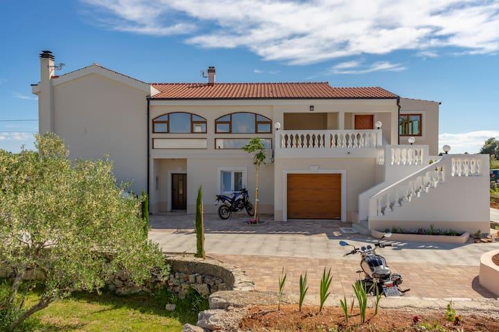 Villa Jugo (6+2) - New - Mediterranean ambient