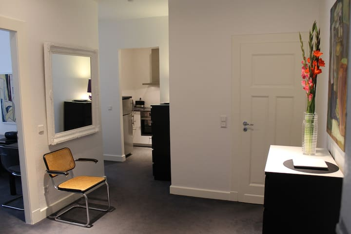 Luxury flat / centrally located / 5 min Messe-fair