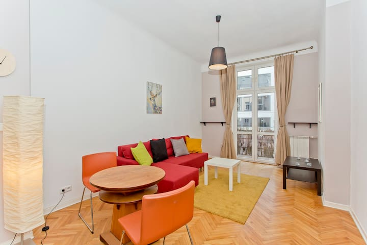 Charming river apartment • Old Town • 80m2