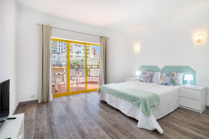 Rocha Beachside Studio by Encantos do Algarve-326