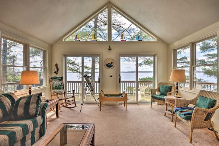 Waterfront Hammond Home w/ Grill + Boat Dock!