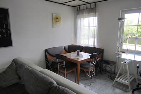 Wohnung in der Sonnenstube des Hunsrücks - Morbach - Huoneisto