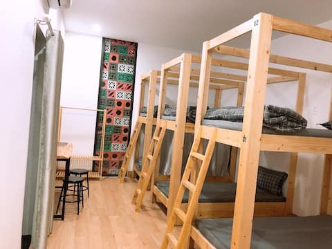 ★ Super New ★ 6-beds Dormitory  - Dear Hostel