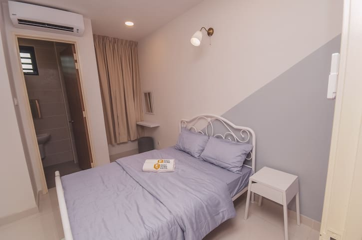 Ground floor bedroom attached with bathroom water heater !!! Suitable for senior citizen !!!