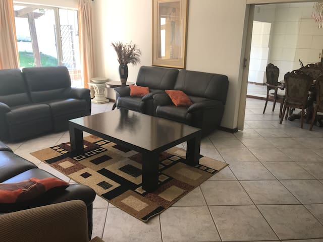 Affordable Luxury Guest House in Sandton City