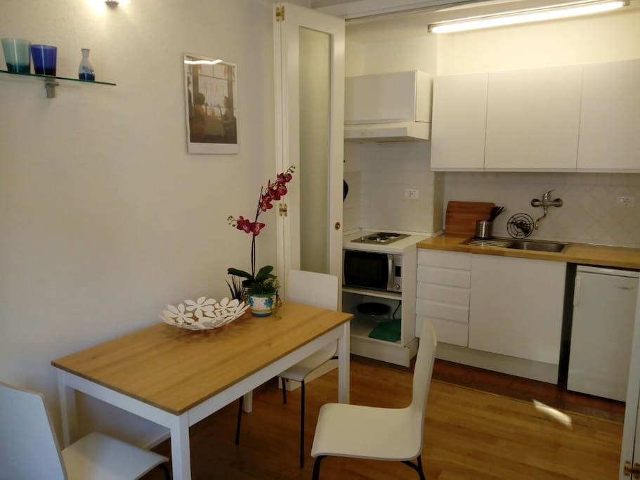 Sala e Cucinotto-Living room and cooking space