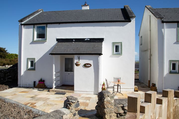 No.6 Galwaycoastcottages, Barna, Galway